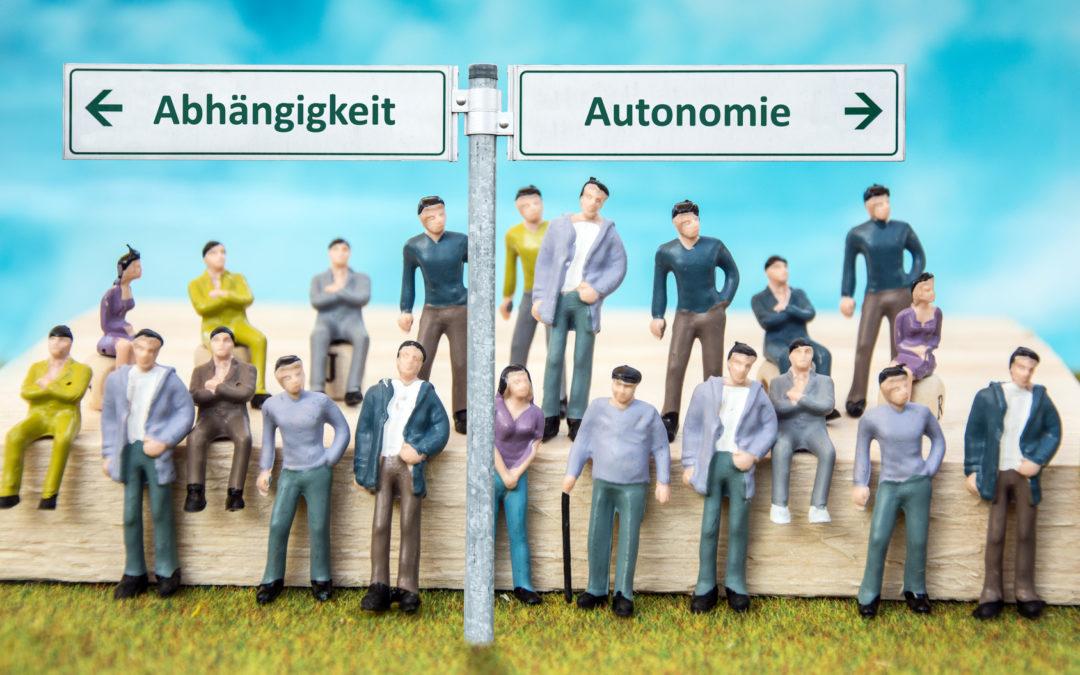 Arbeitnehmer oder Selbstständiger? Beträchtliche Risiken dank unklarer Abgrenzung